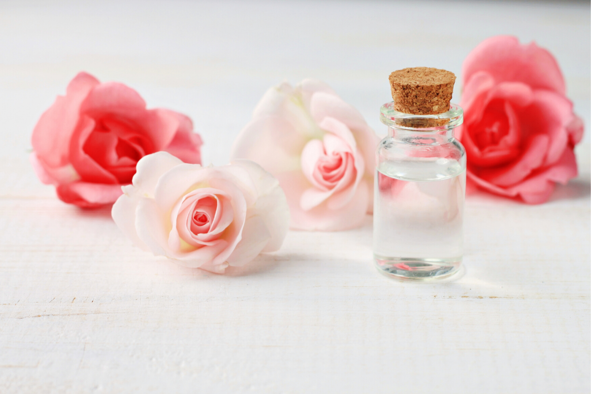 Cure it with Nature and Its Aroma – Rose Water Versatilities