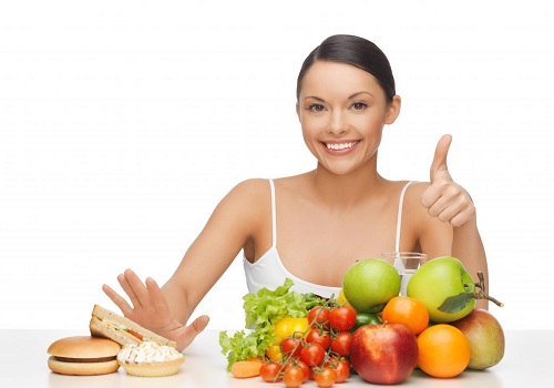 Role Of Diet In Preventing And Exacerbating Acne