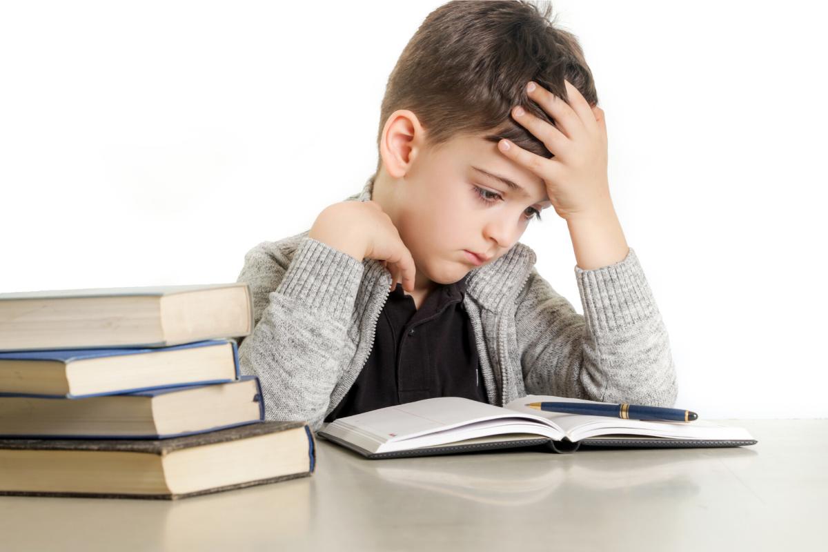 Dyslexia: Causes, Symptoms & Diagnosis