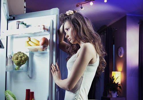 5 Reasons To Quit Midnight Snacking