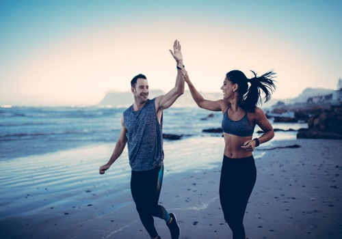 7 ways to give your wife a healthy retreat this women's day